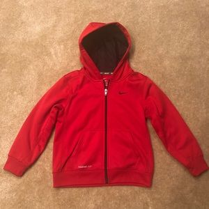 Boys Nike Therma Fit Hoodie size 6